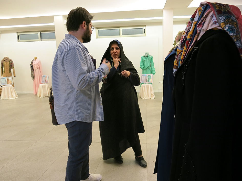 بازدید آقای میرمحمد صادقی مدیر موسسه دانش آرا
