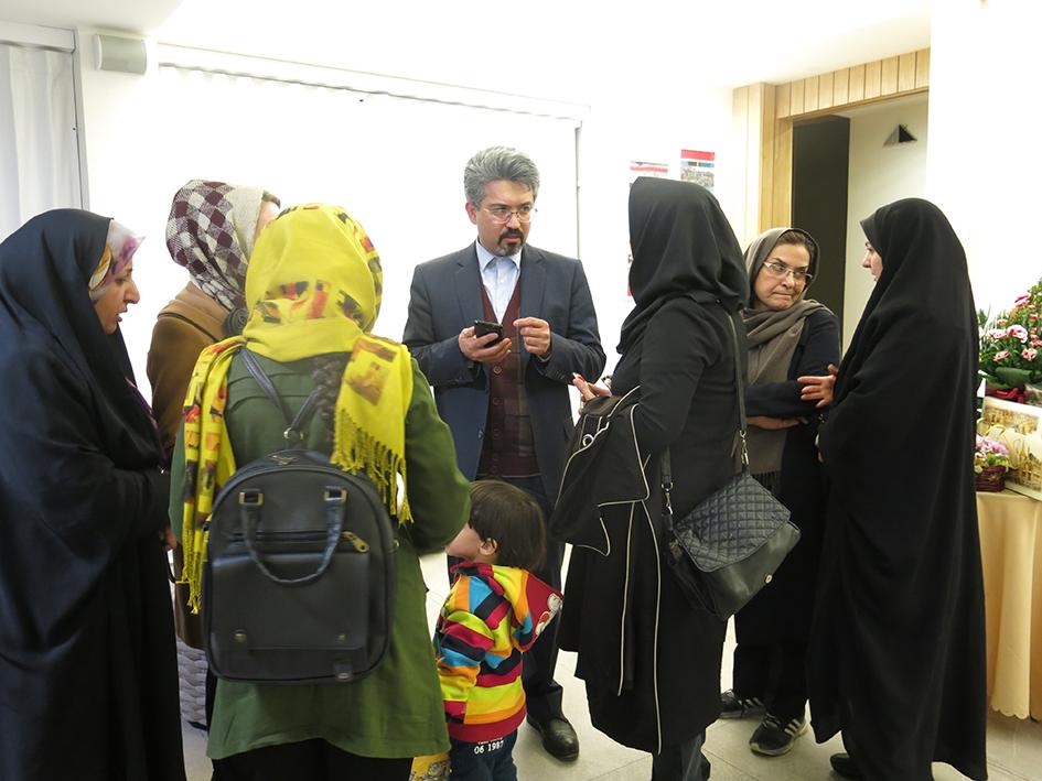 بازدیدآقای مصلی نژاد از نمایشگاه